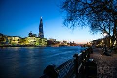 伦敦日落的市政厅 图库摄影