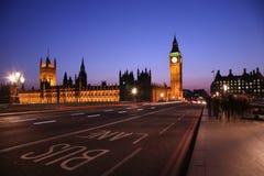 伦敦晚上视图威斯敏斯特 库存照片