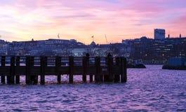 伦敦沿海岸区码头视图 免版税库存图片