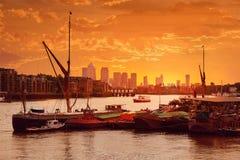 伦敦泰晤士河小船英国 免版税库存图片