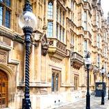 伦敦灯笼和抽象照明wa ll的欧洲  免版税库存照片