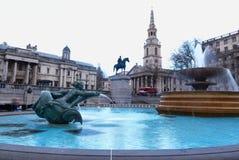 伦敦特拉法加广场喷泉纪念碑 库存图片