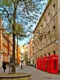 伦敦电话亭 免版税库存图片