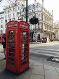 伦敦电话亭 免版税图库摄影