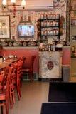 伦敦的,一个迷人的面包店,萨拉托加斯普林斯,纽约夫人内部射击, 2016年 免版税库存图片