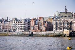 伦敦看法从河的 免版税库存图片