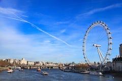 伦敦眼是最高的弗累斯大转轮欧洲和国家霍尔在伦敦 图库摄影