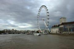 伦敦眼-千年轮子 免版税图库摄影