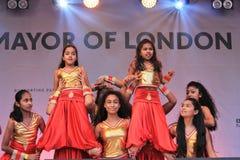 伦敦英国 2016年10月16日, Dewali执行者和场面伦敦节日的市长在特拉法加广场 库存照片
