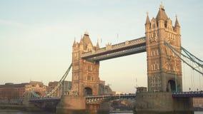 伦敦英国 2017年1月19日 复制塔桥梁空间背景  鸟 股票录像