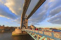 伦敦著名塔桥梁  免版税库存照片