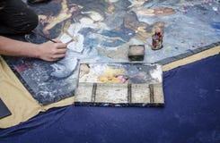 伦敦街艺术家关闭视图 免版税库存照片