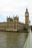 伦敦议会和大笨钟 免版税库存照片