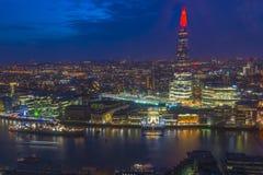 伦敦都市风景夜视图  库存照片