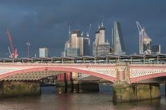 伦敦都市风景,在雷暴以后 免版税库存图片