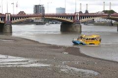 伦敦鸭子游览 免版税库存照片