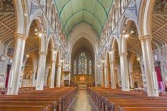 伦敦,大英国- 2017年9月19日:圣玛丽方丈在肯辛顿大街上的` s教会教堂中殿  图库摄影