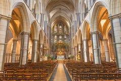 伦敦,大英国- 2017年9月17日:圣詹姆斯西班牙人位置教会教堂中殿  库存照片