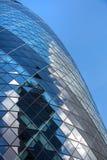 伦敦,现代英国建筑学,嫩黄瓜修造的玻璃纹理 城市伦敦 图库摄影