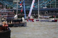 伦敦,英国。第1 2013年9月。围绕世界Yac的飞剪机 免版税图库摄影