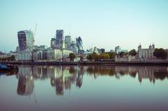 17/10/2017伦敦,英国,伦敦市busines buildnigs全景  免版税库存照片