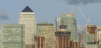 伦敦,英国- 2017年10月17日, :金丝雀码头商业区在伦敦 免版税图库摄影
