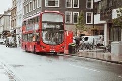 伦敦,英国- 2017年8月18日:伦敦街道  免版税库存图片
