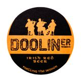 伦敦,英国- 2018年2月04日:在白色隔绝的Dooliner爱尔兰红色啤酒beermat沿海航船 图库摄影