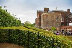伦敦,英国- 2017年8月18日:肯辛顿宫殿 图库摄影