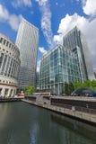 伦敦,英国- 2016年6月17日:企业大厦和摩天大楼在金丝雀码头,伦敦,大英国 图库摄影