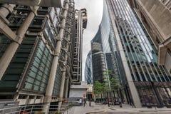 伦敦,英国- 2016年6月18日:企业大厦惊人的看法在伦敦市 免版税库存图片