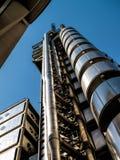 伦敦,英国- 6月14日:伦敦大厦Lloyds在一个晴天 库存照片