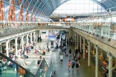 伦敦,英国- 2015年7月05日:圣Pancras驻地国际性组织 免版税图库摄影
