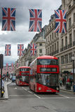 伦敦,英国- 2016年6月16日:在摄政的街道,伦敦,英国,大英国的云彩 库存图片