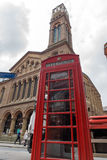 伦敦,英国- 2016年6月17日:威斯敏斯特教堂和电话亭,伦敦,大英国 库存图片