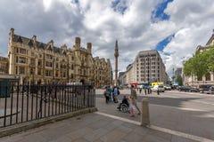 伦敦,英国- 2016年6月15日:威斯敏斯特,伦敦,英国全景  库存照片