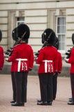 伦敦,英国- 2015年6月01日:英国皇家卫兵执行Th 免版税图库摄影