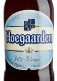 伦敦,英国- 2017年5月29日:装瓶胡哈尔登麦子比利时啤酒标签在白色的 比利时和知名的麦子的生产商 免版税库存照片