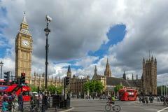 伦敦,英国- 2016年6月16日:议会,威斯敏斯特宫殿,伦敦,英国议院  图库摄影