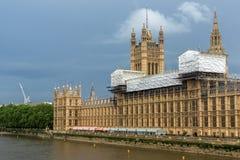 伦敦,英国- 2016年6月16日:议会,威斯敏斯特宫殿,伦敦,英国议院  库存图片