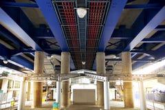伦敦,英国- 2014年5月12日:金丝雀码头DLR港区驻地在伦敦 免版税库存图片