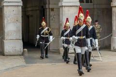 伦敦,英国- 2016年6月16日:骑马卫兵游行,伦敦市,英国 免版税图库摄影