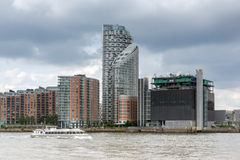 伦敦,英国- 2016年6月17日:从格林威治,伦敦,大英国的金丝雀码头视图 免版税库存图片