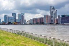 伦敦,英国- 2016年6月17日:从格林威治,伦敦,大英国的金丝雀码头视图 免版税库存照片