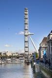 伦敦,英国- 2014年5月14日-伦敦眼睛是被打开的巨人弗累斯大转轮 免版税库存图片