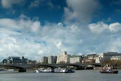伦敦,滑铁卢桥梁 免版税库存照片