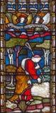 伦敦-在彩色玻璃的失去的绵羊寓言在圣玛丽方丈在肯辛顿大街上的` s教会里 图库摄影