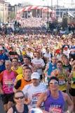 伦敦维尔京马拉松2013年 免版税库存图片