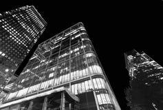伦敦- 2015年6月29日:在南部的ri的现代城市大厦 库存照片