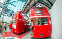 伦敦- 2015年7月2日:新的伦敦公共汽车博物馆打开了与s 免版税库存照片